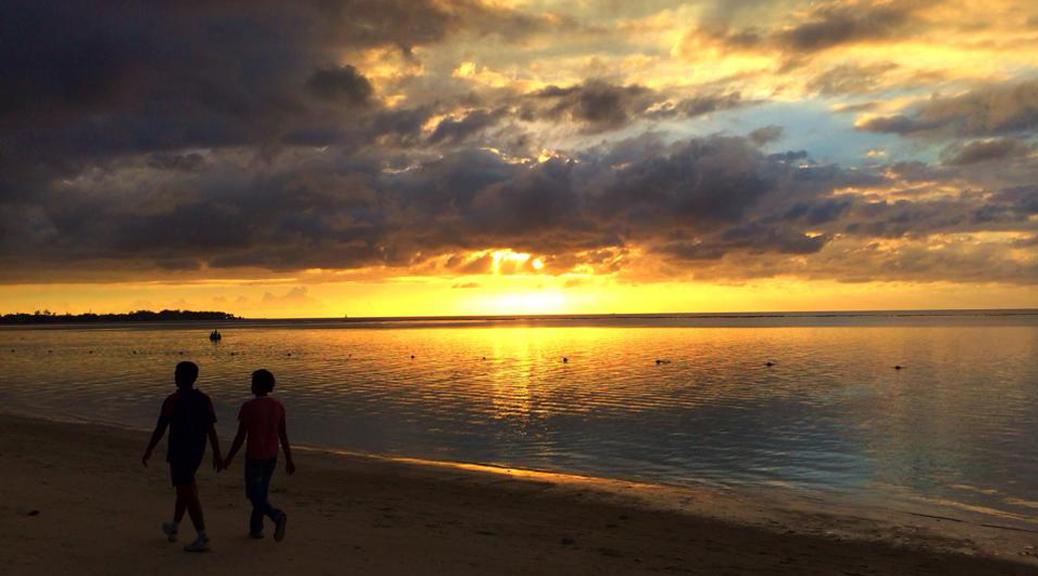 sunset mauritius ok