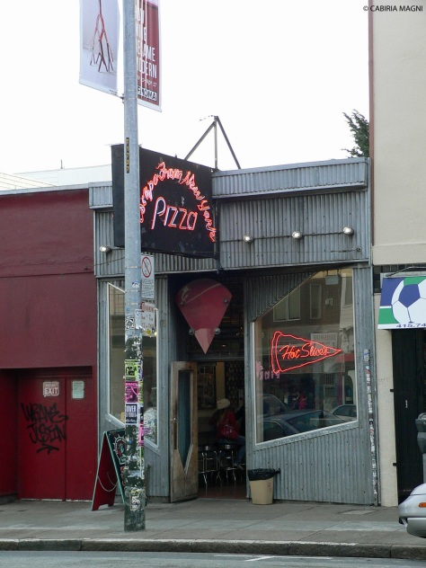 Oltre ai sandwich di Ike's, pizzerie dal look metropolitano in Haight Ashbury