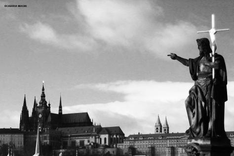 Praga black and white