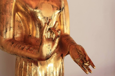 Vitarkha mudra buddha