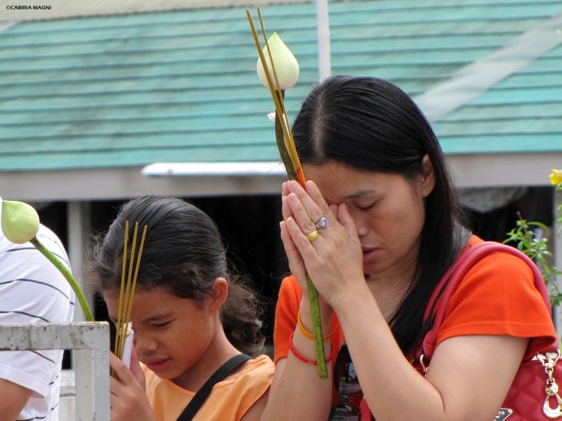 Ayutthaya, incenso e fiori di loto. Cabiria Magni, Thailandia