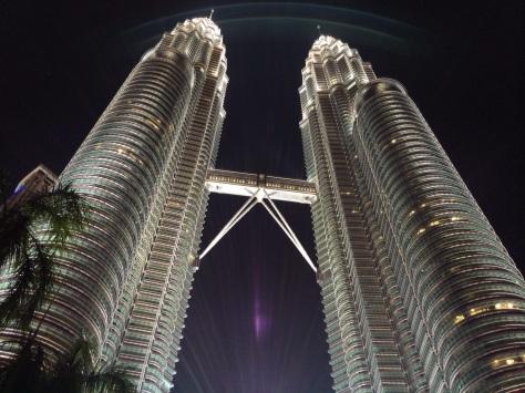 Petronas towers kuala lumpur cabiria magni