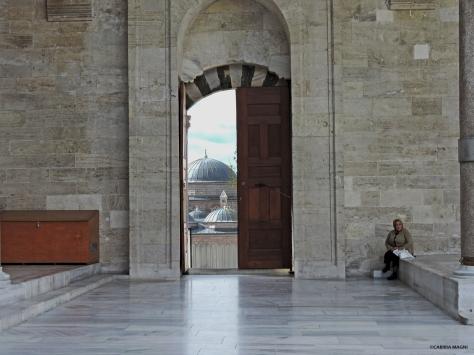 Moschea di Fatih, cortile esterno