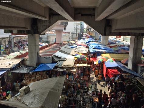 Il mercato di Baclaran, Manila, Cabiria Magni