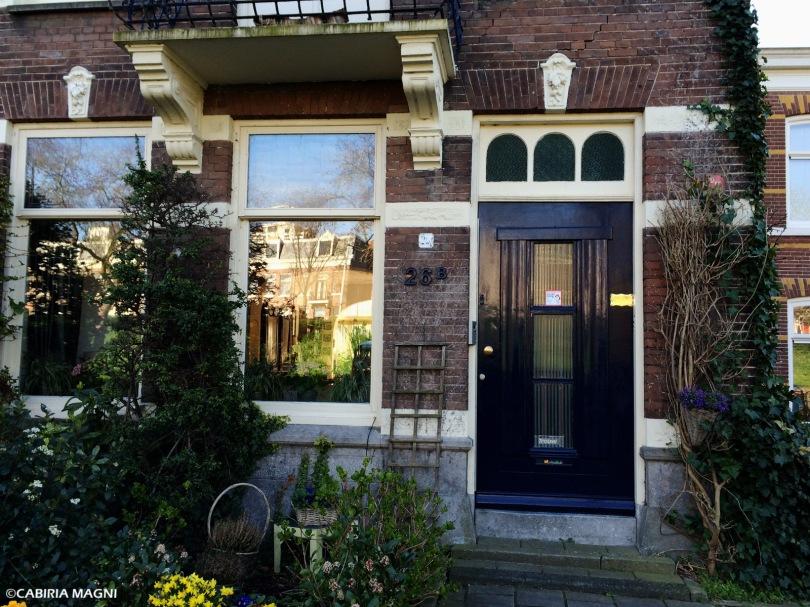 Amsterdam Oost: le case di mattoni. Cabiria Magni