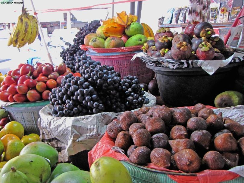 Frutta al mercato di Bedugul, Cabiria Magni