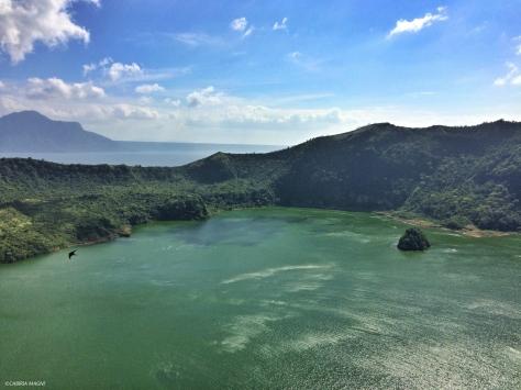 Il lago nel cratere del vulcano Taal. Filippine