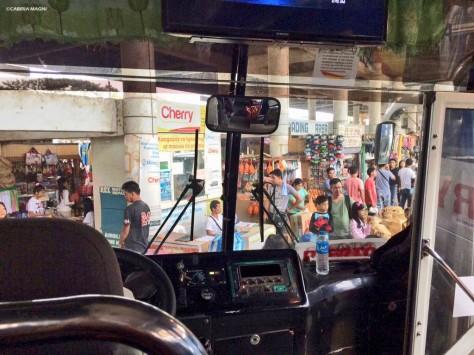 Punti di vista privilegiati. Bus, Palawan