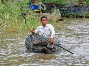 Kampong Phluk, volti lungo la strada. Cabiria Magni