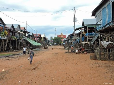Le strade asciutte di Kampong Phluk. Cambogia