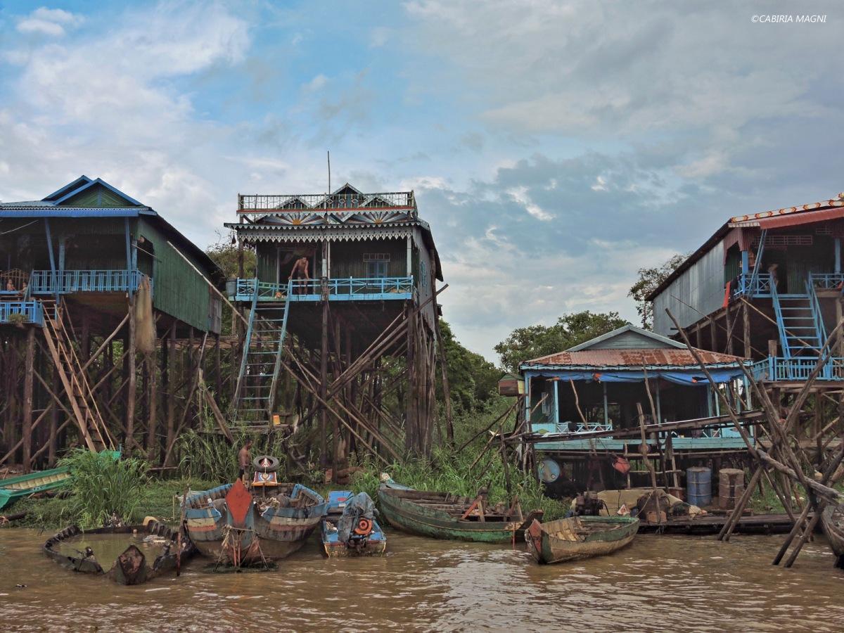 Kampong Phluk: la Cambogia ruvida