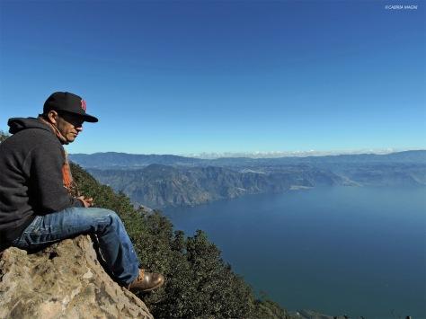 In cima al vulcano San Pedro. Cabiria Magni, Guatemala