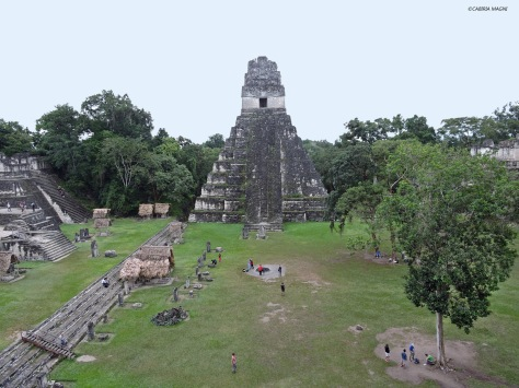 Tikal, la piazza principale. Gatemala, Cabiria Magni, maya