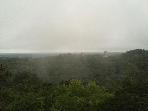 Tikal, alba, Cabiria Magni