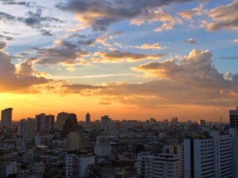 Tramonto a Bangkok, Cabiria Magni