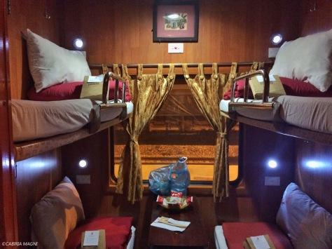 Il treno notturno per Hanoi. Cabiria Magni, Vietnam