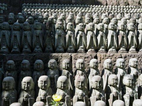 Tempio Hase-dera, le statue. Giappone, Cabiria Magni