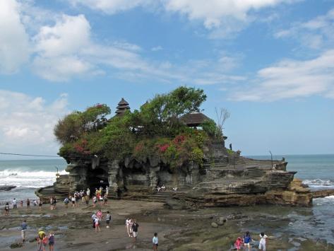 Tanah Lot, sunset temple, Bali. Cabiria Magni