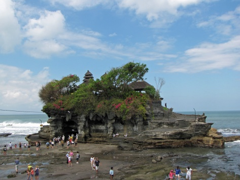 Tanah Lot, sunset temple, Bali. Cabiria Magni