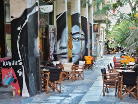 Le strade di Hexarchia, Atene. Cabiria Magni