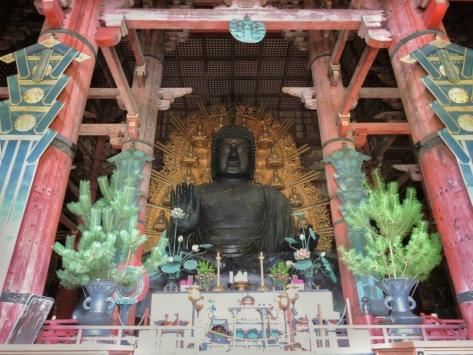 Nara - Todai-ji. Buddha gigante. Cabiria Magni, Giappone