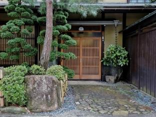 Takayama, Giappone, Cabiria Magni