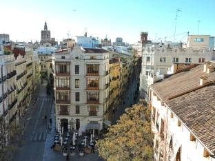 In cima alle Torres de Serranos, Valencia, Cabiria Magni
