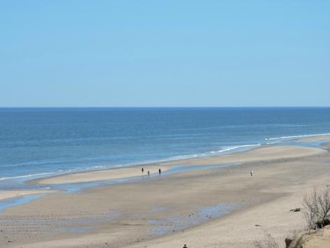 La spiaggia davanti al faro di Chatam. USA, Cabiria Magni