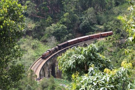 Sri Lanka, treno panoramico. Foto da Unsplash